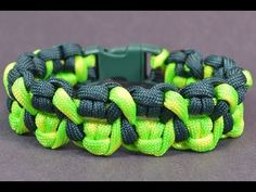 """Make the """"Crossed Claws"""" Paracord Survival Bracelet - Bored?Paracord! - YouTube"""