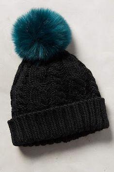 Sidonie Pom Beanie - anthropologie + deals deals deals // shop my favorite black… Winter Wear, Autumn Winter Fashion, Winter Hats, Punk, Winter Accessories, Fashion Accessories, Beanie Hats, Beanies, Slouchy Beanie