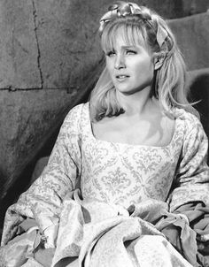 Susan Oliver, Susan Hayward, Girls Dresses, Flower Girl Dresses, Star Trek, Cinderella, Disney Characters, Fictional Characters, Game Of Thrones Characters