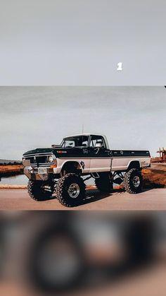 Chevy Diesel Trucks, Jacked Up Trucks, Cool Trucks, Chevy Trucks Older, Chevy 4x4, 4x4 Trucks, Classic Pickup Trucks, Cummins, Monster Trucks