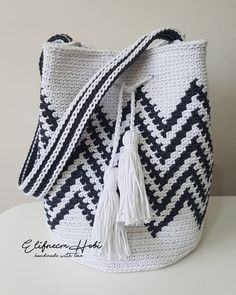 Crochet Backpack, Crochet Clutch, Crochet Handbags, Crochet Purses, Free Crochet Bag, Crochet Fish, Crochet Market Bag, Tapestry Bag, Tapestry Crochet