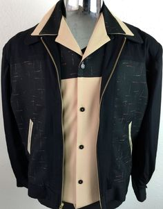 If you're looking for vintage formula cars for sale, then you have come to the right place. Rockabilly Men, Rockabilly Looks, Rockabilly Fashion, 60s Men's Fashion, 1950s Fashion Menswear, 50s Outfits, Vintage Outfits, Cool Outfits, Mens Vintage Shirts