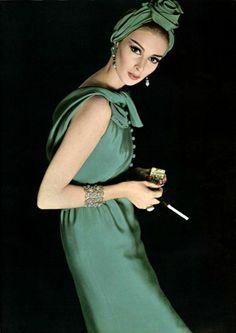 La crêpe cette saison L'Officiel #485, 1962 Photographer: Philippe Pottier Model: Wilhelmina Cooper Guy Laroche, Fall 1962