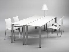 inTEAM - conferentietafel met vierpoots onderstel en HPL blad (design by Roel Vandebeek)