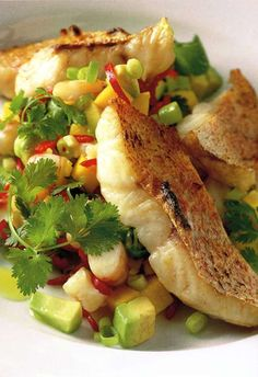 Grilled Snapper with Mango and Shrimp Salsa Recipe #paleo #grainfree #glutenfree