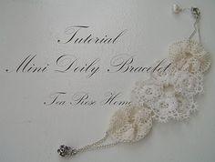 crafty jewelry: mini doily bracelet tutorial - crafts ideas - crafts for kids Lace Jewelry, Jewelry Crafts, Handmade Jewelry, Jewlery, Jewelry Ideas, Doilies Crafts, Lace Doilies, Doily Art, Cute Crafts