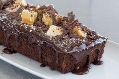 עוגת שוקולד, קוקוס ובננות | צילום: בני גם זו לטובה