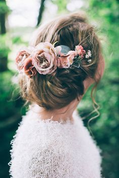 Low Bridal Chignon Up Do with Hair Accessories | Peach Woodland Wedding Inspiration | Faux Flower Accessories From Florrie And Eve | Real Flowers By Nadia di Tullio | Images by HBA Photography | x | http://www.rockmywedding.co.uk/perfect-faux-flower-crowns-from-florrie-eve/