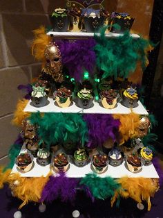 Mardi Gras cupcake tower! What a wonderful idea for a display!