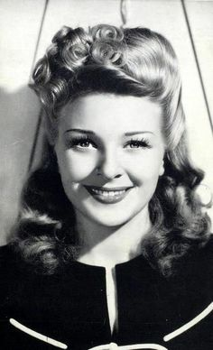 Evelyn Ankers, early 1940s.