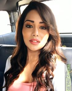 Raiza Wilson 2017 End Cute Selfie Images – Gethu Cinema – Indian actresses All Indian Actress, Indian Actress Gallery, Indian Actress Photos, Most Beautiful Indian Actress, Indian Actresses, Raiza Wilson, Indian Photoshoot, Hair Colorist, Hair Painting