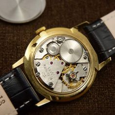 Svet Mens NOS Soviet Luxury Watch From 60 – Neo Classic Watches Gents Watches, Luxury Dress, Mechanical Watch, Watch Case, Omega Watch, Black Leather, Buy And Sell, Jewels, Stuff To Buy