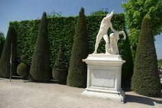 """Statue """"Arria et Paetus"""" Château de Versailles, France"""