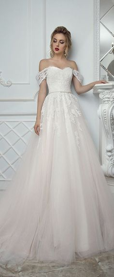 Fascinating Tulle Off-the-shoulder Neckline A-Line Wedding Dress With Lace Appliques & Belt & Detachable Shoulder Straps