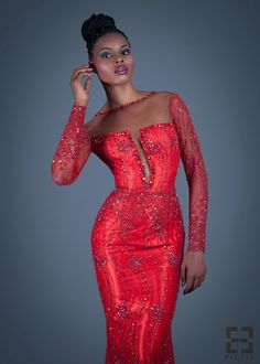 nigerian dress styles Ankara & Lace latest fashion for ladies is comprises of different kinds of styles from skirt & blouse, jump suite, lovely evening long gowns, pencil skirt, b African Inspired Fashion, African Dresses For Women, African Print Fashion, Africa Fashion, African Wear, African Attire, African Women, African Prints, African Outfits