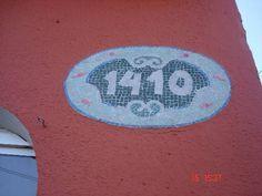 Número de casa em mosaico com base de fibrocimento. R$ 140,40
