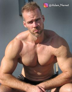 Tall Guys, Athlete, Bodybuilding, Handsome, Actors, Swimwear, Men, Bathing Suits, Swimsuits