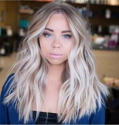 most stylish short hair (Bobs) design – Kornelia Nowak gorgeous balayage hair color ideas best balayage highlights page 25 cut Frontal Hairstyles, Short Bob Hairstyles, Wig Hairstyles, Haircuts, Wedding Hairstyles, Blonde Hair Looks, Blonde Wig, Platinum Blonde Balayage, Cool Blonde Balayage