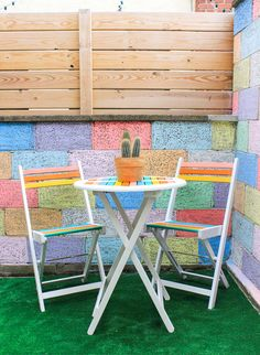 Make sure you pick out the most vibrant outdoor paint colors.Full instructions on The Crafted Life.