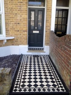 4 inch black and white tiles with 3 inch diamond border victorian mosaic tile path greenwich london Front Garden Path, Front Path, Outdoor Walkway, Outdoor Flooring, Victorian Door, Victorian Homes, Victorian Mosaic Tile, Hall Tiles, Greenwich London