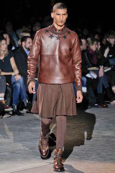 La jupe pour homme (2) ... Comment l'idée de la jupe a germé dans ...