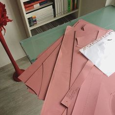 Now that my table has arrived at my new place I can resume my pattern cutting work for @modesthouse.london  ___________________________________ #patterns #patterncuttingdeconstructed #entrepreneur #slowfashion #patterncutter #grading #gradingday #fashion