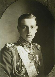 1bohemian:  Grand Duke Dmitri Pavlovich