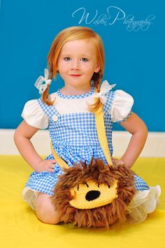 gorgeous little girl modeling my lion purse!