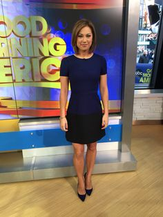 Pin by Fishnmik on Hot newswomen Itv Weather Girl, Conservative Fashion, Office Looks, Work Looks, Work Attire, Timeless Fashion, Pretty Outfits, Dress To Impress, Outfits