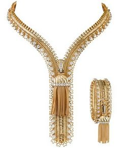 """A vintage Van Cleef & Arpels diamond zipper necklace set in yellow gold that converts into a bracelet."" That's gorgeous AND clever!"