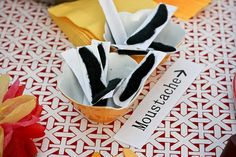 Mexican Party Games Adults Fun Cinco De Mayo Ideas For 2019 70th Birthday Parties, Birthday Party Games, 21st Party, Mexican Party, Mexican Night, Fun Party Themes, Ideas Party, Homemade Carnival Games, Wedding Games For Guests