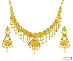 Beautiful 22K Gold Necklace Set