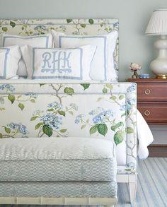Quirky Home Decor, Cheap Home Decor, Home Bedroom, Bedroom Decor, Bedroom Lighting, Modern Bedroom, Bedroom Ideas, Master Bedroom, Bedroom Shelves