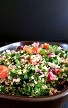 Salade de tomates, concombres, olives et fêta