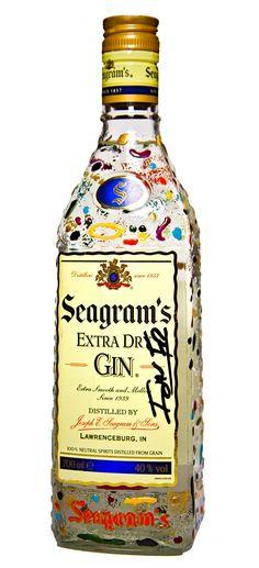 Seagram's Gin acaba de lanzar Seagram's Gin Originality Edition by Ion Fiz, una edición limitada de botellas pintadas por el reconocido diseñador.