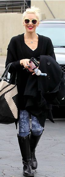 Who made Gwen Stefani's black handbag and skinny gray jeans that she wore in Hollywood? Purse – L.A.M.B.  Jeans – J Brand