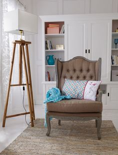Dieser Sessel mit hoher Rückenlehne und 50 cm Sitztiefe verspricht besten Sitzkomfort. Er wird fertig montiert geliefert. 399,00 Euro