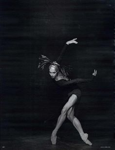 Polina Semionova for German Vogue, Photo by Peter Lindbergh. Peter Lindbergh, Polina Semionova, Ballet Photos, Dance Photos, Dance Pictures, Shall We Dance, Lets Dance, Michel Leiris, Jean Paul Goude