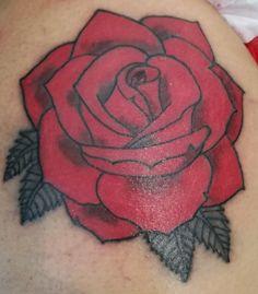 Rose Tattoos For Men, Small Tattoos, Tattoos For Guys, Henna, Graduation Leis, Desenho Tattoo, Drawing Projects, Graffiti Lettering, Beautiful Tattoos