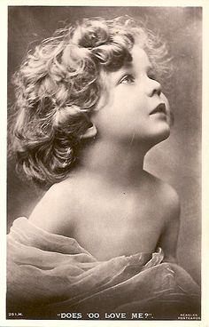 Old vintage postcard Éphémères Vintage, Images Vintage, Vintage Ephemera, Vintage Girls, Vintage Pictures, Vintage Beauty, Old Pictures, Vintage Postcards, Vintage Prints