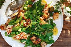 This gorgeous salad is a perfect combinations of fresh seasonal greens, haloumi and sourdough bread - perfect for alfresco dining.