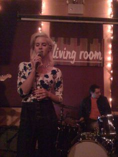 Lizzy Grant a.k.a. Lana Del Rey live at the Living Room, NYC (December 16, 2008)