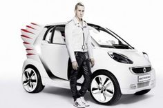 Mercedes-Benz-Jeremy-Scott-Smart-Fortwo-Electric-Drive-1-620x413