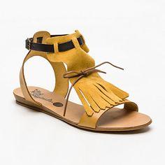 Sandalias, cuero vuelto   amarillo oscuro                                                                                                                                                      Más