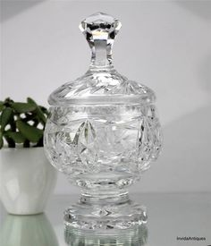 Vintage Pinwheel Cut Crystal Glass Pedestal Lidded Candy Dish