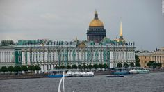 Boca do Lobo team is ready to travel to St. Petersburg. This wonderful city, where layers of history fuse with modern energy, is for us a truly source of inspiration and that's why today we suggest you where to Say in St. Petersburg – W Hotel http://bocadolobo.com/blog