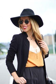 Martina's Wardrobe. Joya: Collar Mini Corazón cadena