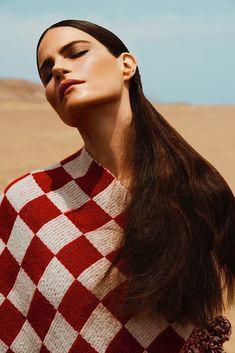 Missy Rayder - Bazaar Russia July 2014 Alexander Neumann www.alexanderneumann.com via bazaar.ru for #motion #hair