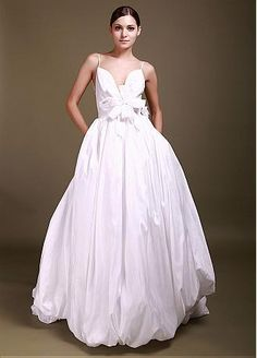 Stunning Taffeta Ball Gown Deep V-neck Backless Wedding Gown With Handmade Flower