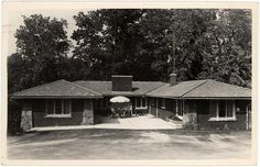 The Alano Club, 1020 College NE - 1964